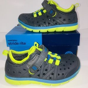 Stride Rite Made 2 Play Phibian Sneaker Water Shoe